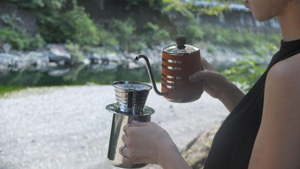 川原でアウトドアコーヒー体験